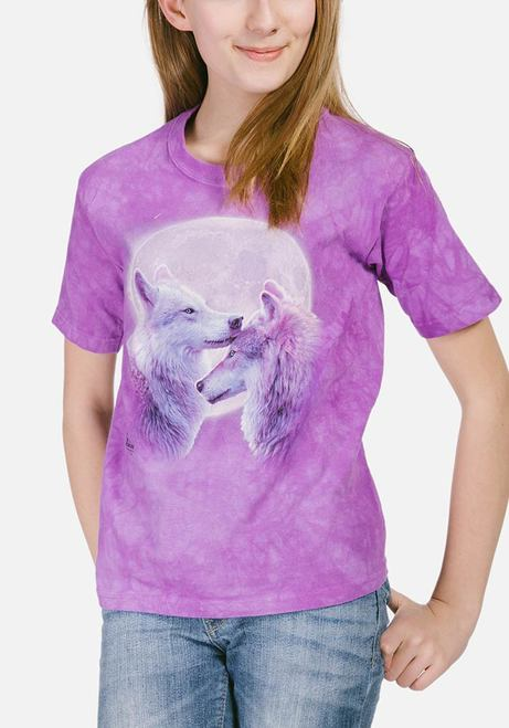 Kid's Loving Wolves T-shirt |  Kids Wolf T-shirts | The Mountain® UK